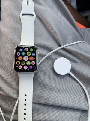 Series 5 Apple Watch for Sale in Galloway, OH