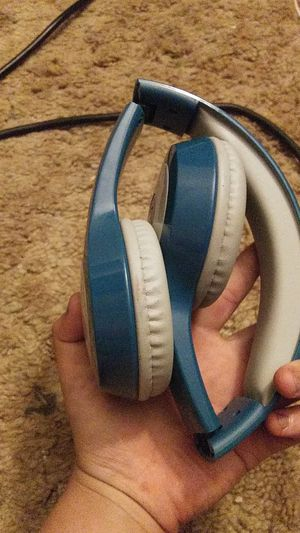Wireless Bluetooth headphones for Sale in American Canyon, CA