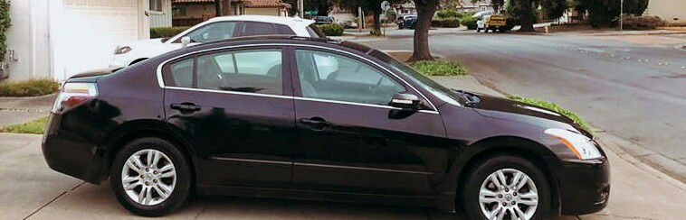 $1200 Nissan SL for Sale in Montgomery,  AL