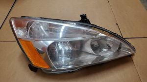2003-2007 HONDA ACCORD HALOGEN HEADLIGHT AFTERMARKET RIGHT PASSENGER SIDE for Sale in Hawthorne, CA