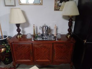 Gorgeous Broyhill Mahogany Mid-Century Buffet/Side Table for Sale in St. Louis, MO