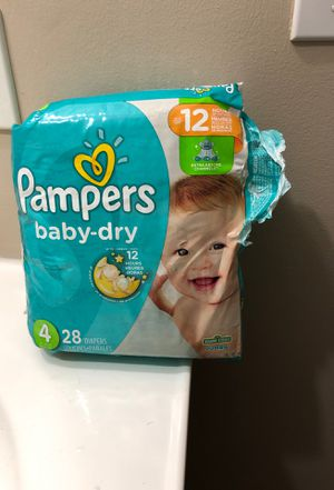 Pampers size 4 for Sale in Euclid, OH