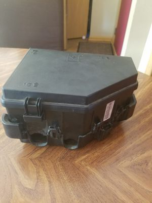 GMC FUSE /JUNCTION BOX MODULE UNIT 25856251 for Sale in Joliet, IL