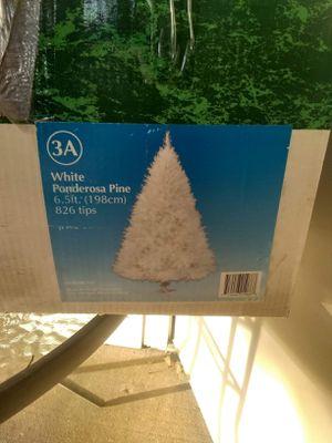 6.5 ft White Ponderosa Pine Tree for Sale in Evansville, IN