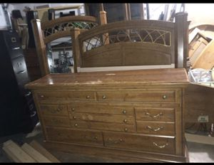 Special !!Beautiful 5 piece bedroom set-w Metal decorated mirror&headboard-can Deliver! for Sale in Portland, OR