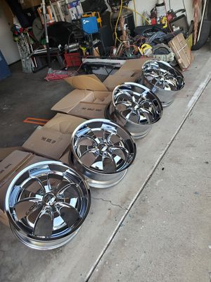 22 inch Chevy 6 lug brand new rims for Sale in Fontana, CA
