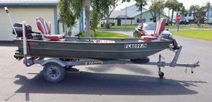 LANDAU 12ft bass boat with 15hp MERCURY for Sale in Boca Raton, FL