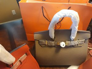 Women Medium Designer Hermes Bags with Handle and Lock with Key. for Sale in Palm Beach Shores, FL