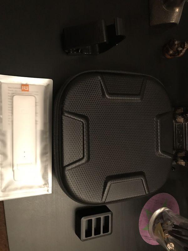 DJI Tello (BONUS COMBO SET) w/ 3 DJI Batteries,Carrying Case, WiFi Extender