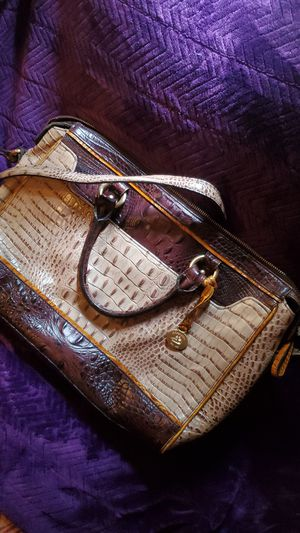 Brahmin purse for Sale in Columbus, MS