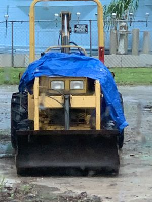 T5 2005 mini backhoe mini excavator for Sale in NEW PRT RCHY, FL