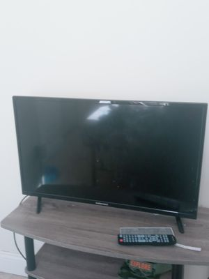 Element tv 32 inch for Sale in Lemoyne, PA