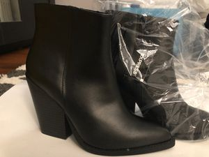 Brand new adorable ankle boots from Express!! for Sale in Trumbull, CT