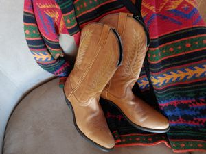 Women boots size 9.5 65 dollars for Sale in Sun City, AZ