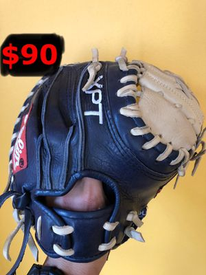 Baseball glove Rolin catcher glove in good shape baseball equipment bats for Sale in Los Angeles, CA