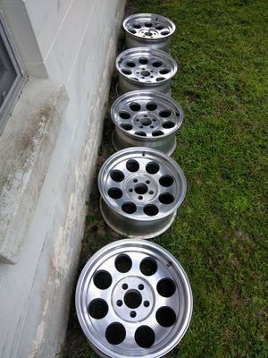 Jeep jk 18x9 Polished wheels for Sale in Tampa, FL
