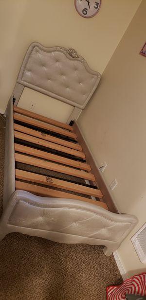 Girls twin bedroom set for Sale in Lynnwood, WA