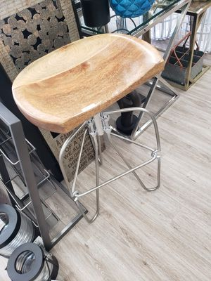 wooden seat metal bar stool for Sale in Los Angeles, CA