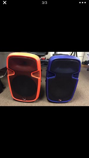 15inch speaker / 2600 W / Bluetooth / FM / FT /USB / remote / Record /voice broadcast / 1 wireless microphone /🔋 10Hours Play time Built-in 4.5Ah Po for Sale in Los Angeles, CA