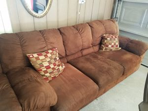 4 sofa it's clean and good leather for Sale in Dearborn, MI