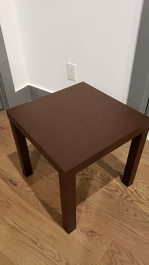 Wooden Brown End Table for Sale in Brooklyn, NY