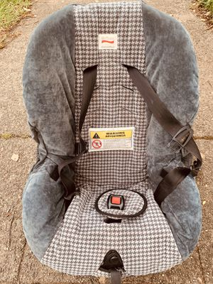 Britax car seat for Sale in Seattle, WA