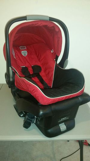 Britax B Safe Car Seat with Base for Sale in Laurel, MD