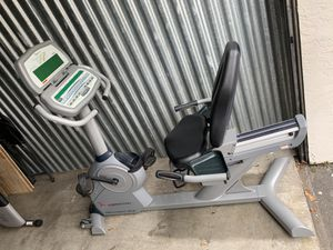 Fee motion exercise bike for Sale in Miami, FL