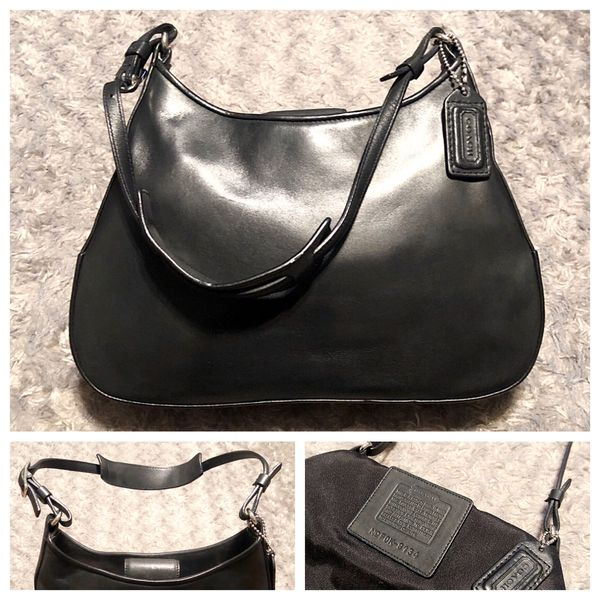 """Coach Calf Skin Hobo paid $298 Like new! Shoulder Bag # FOK-8134 comes with dust bag! Excellent condition clean interior/exterior! Measurements: 10"""""""