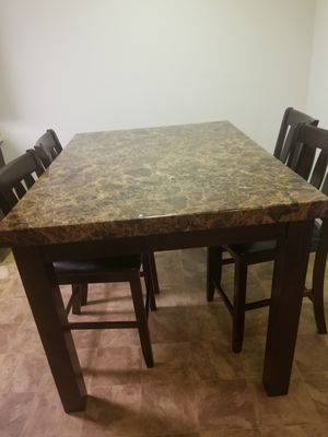Set of dinner table for Sale in North Mankato, MN