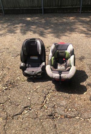 Graco & evenflo car seats for Sale in Carrollton, TX