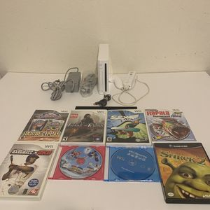 Nintendo Wii Console Bundle Lot RVL-001 with 8 GAMES - Wii Sports Super Mario for Sale in Katy, TX