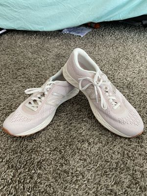Brand new never worn new balance in women's size 7 1/2 for Sale in Las Vegas, NV