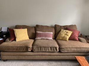Light brown couch for Sale in Lynchburg, VA