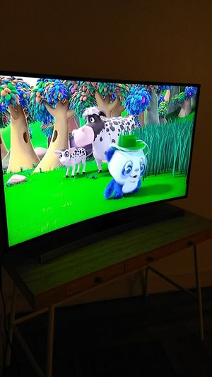 Samsung curve 55 inch smart tv for Sale in New Haven, CT