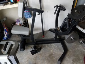 Body solid Row machine back developer seated back row adjustable can use standard or Olympic weights for Sale in Port Orchard, WA