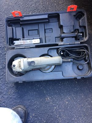 Craftsman angle grinder with case and discs for Sale in South Windsor, CT