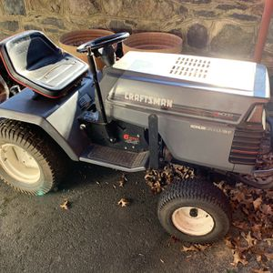 Craftsman Tractor/lawnmower for Sale in Bryn Athyn, PA