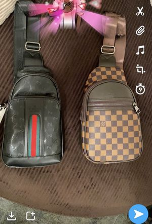 Gucci strap bags for Sale in Longview, TX