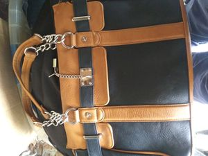 Leather handbag for Sale in Cadillac, MI
