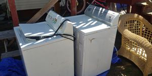 Washer and eletric dryer 220v for Sale in Rockland, MA