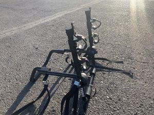 Thule trunk mounted 2 bike rack for Sale in Newark, CA