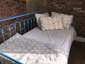 Twin Day Bed & Mattress for Sale P/U Only Brooklyn $100 OBO for Sale in Brooklyn, NY