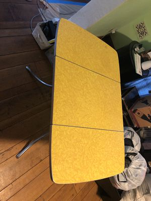 Retro 1950's foldable card / breakfast kitchenette table for Sale in Vallejo, CA
