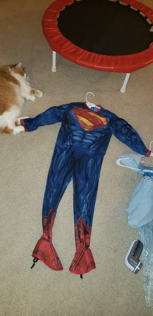 Kids superman costume size small for Sale in Kirkland, WA