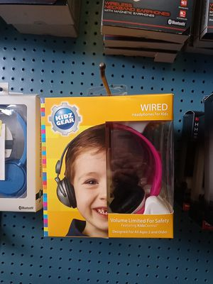 KidzGear Wired Headphones (Only Purple Available) for Sale in Mount Carmel, PA
