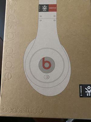 Beats studio wire headphones for Sale in Orlando, FL