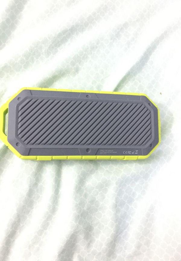 Ijoy Bluetooth speaker water proof