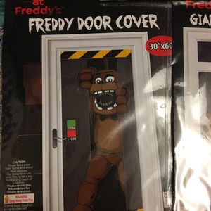 Five Nights at Freddy's door cover and napkins for Sale in Phoenix, AZ