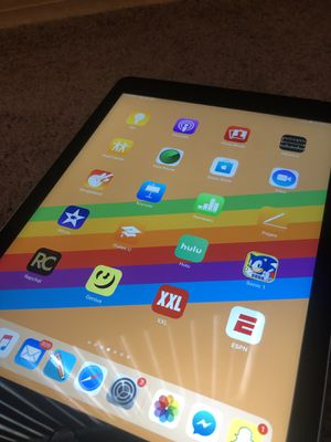 iPad 6th gen for Sale in Wauchula, FL